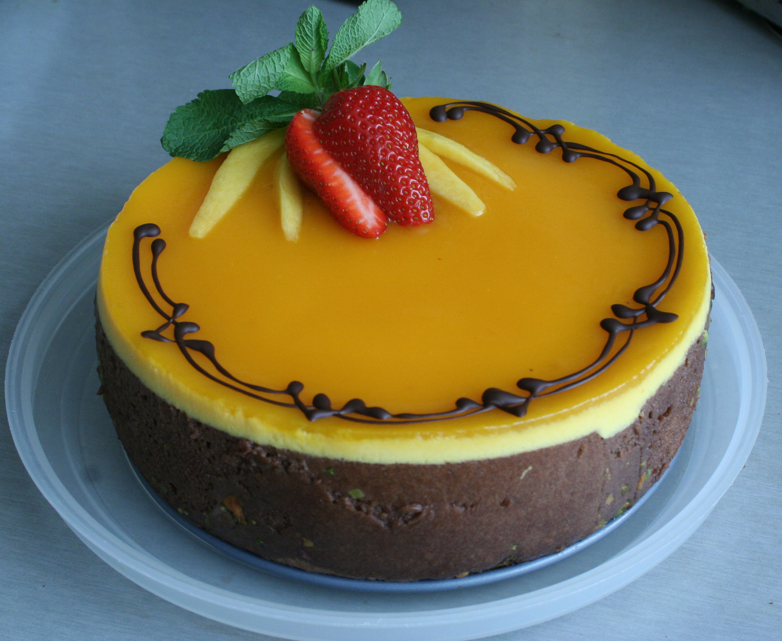 Images For Mango Cake : Mango mousse cake Cakes, Desserts and more