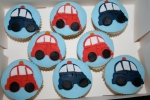 Nee-naw theme cupcakes